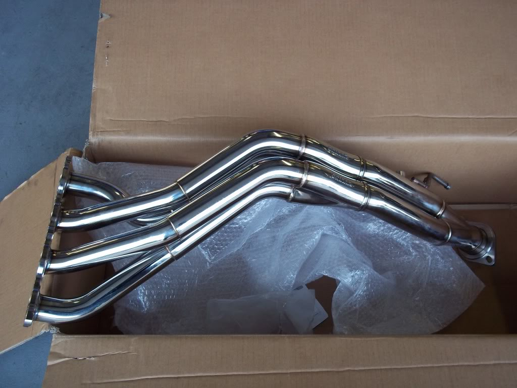 Unboxing SKUNK2 MegaPower Header